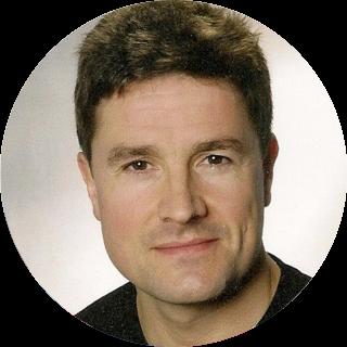 Ulrich Homann. Microsoft